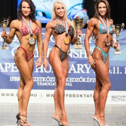 TOP 3  Bodyfitness über 168 cm v.links: Anna Kalugina, Russland, Yulia Ushakova, Russland; Diana Petry